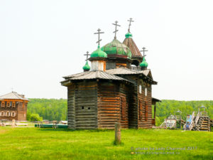 Церковь в этнографическом музее в Тальцах