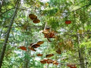 Тёплые озёра. Поделки из дерева